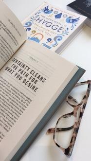 lesbellesfolies_reading